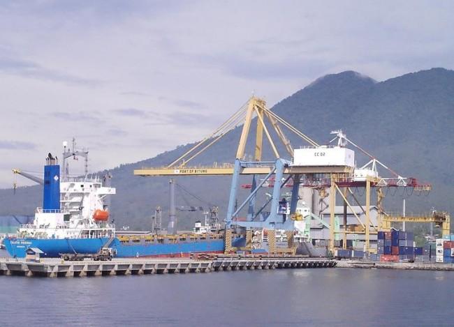 Pelabuhan-Peti-Kemas-Bitung-2A