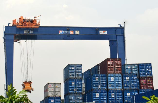 Pelabuhan Tanjung Priok (5)