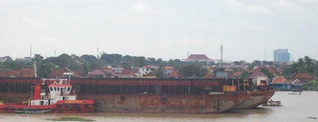 pelabuhan-boom-baru-palembang-5-650x250
