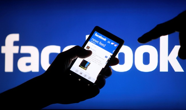 Facebook-News-Feed-Add-a-Link
